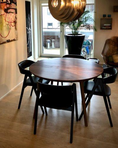 23 rundt plankeborde i valnod kaerbygaard 2021 1