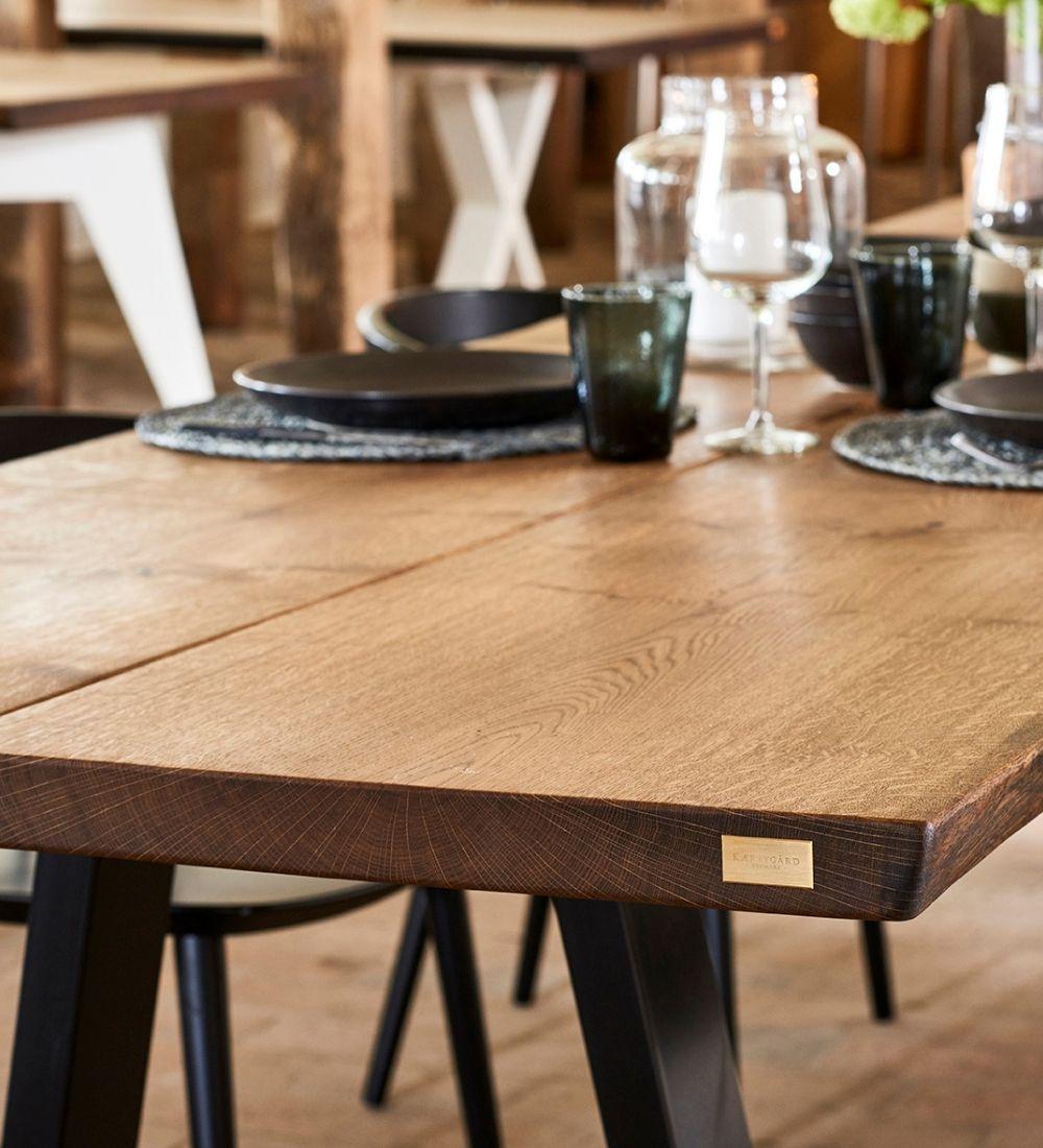 24 plankebord i egetrae kaerbygaard 2021 1