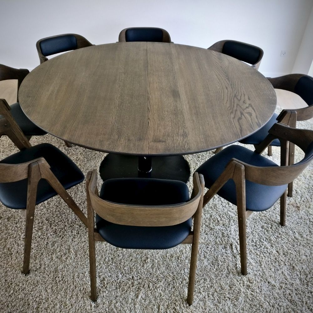 5 rundt bord fra kaerbygaard i egetrae