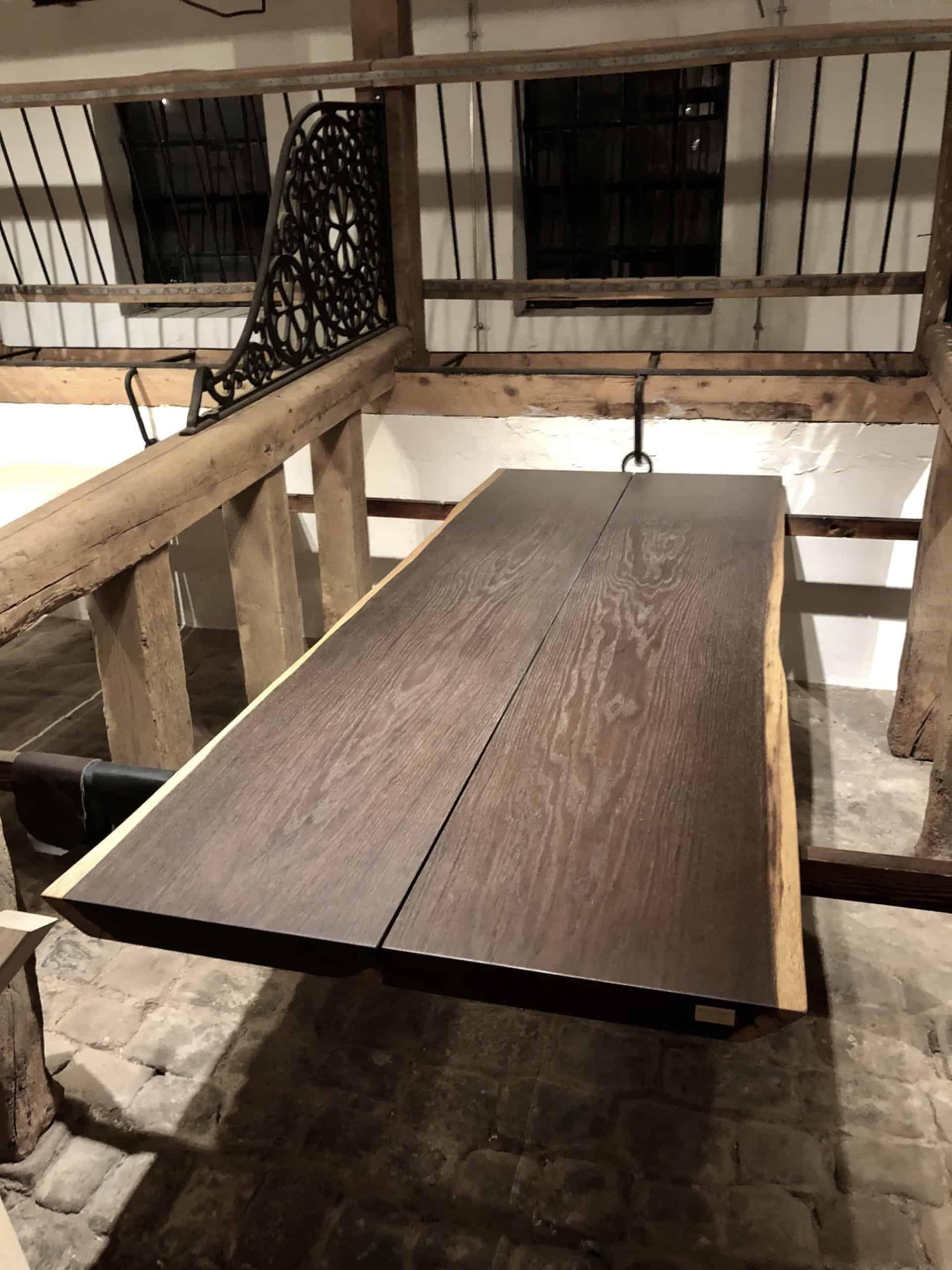 plankebord røget eg