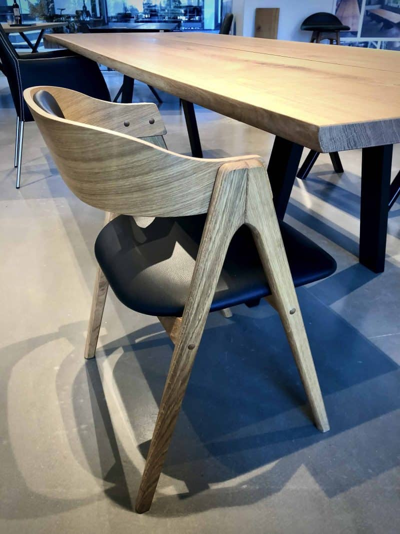 Mette Dining table chair 1