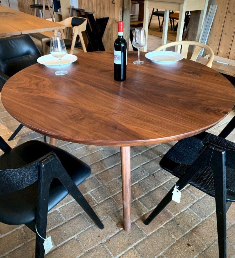 Rundt plankebord valnod kaerbygaard 2