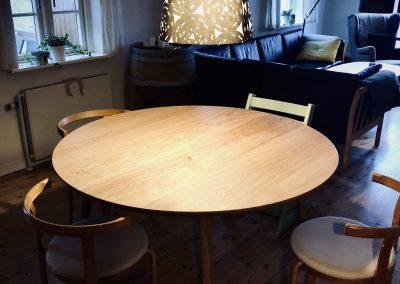 Rundt bord rundbord  11