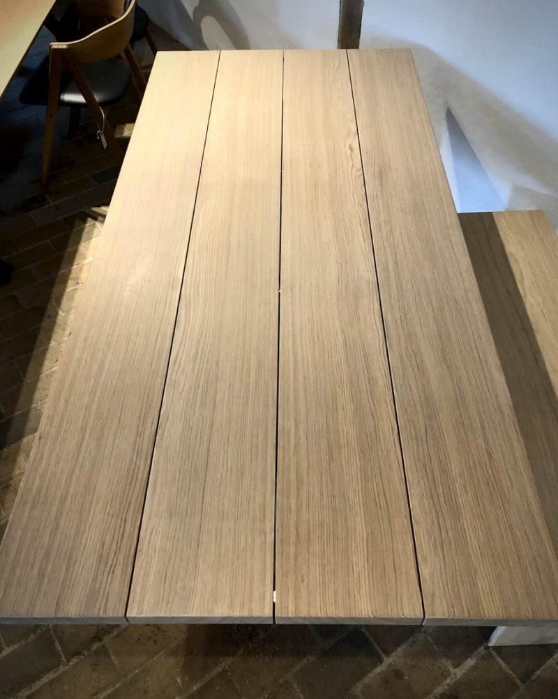 STOR-size-indendoers-4planker-4plankebord-udendoers-outdoor-indoor-indendoers-fire-plankebord-snedkerbord_juni2020_Kaerbygaard_Kærbygård-snedkeri_2020_Juni_Egetrae_egetræ - 7
