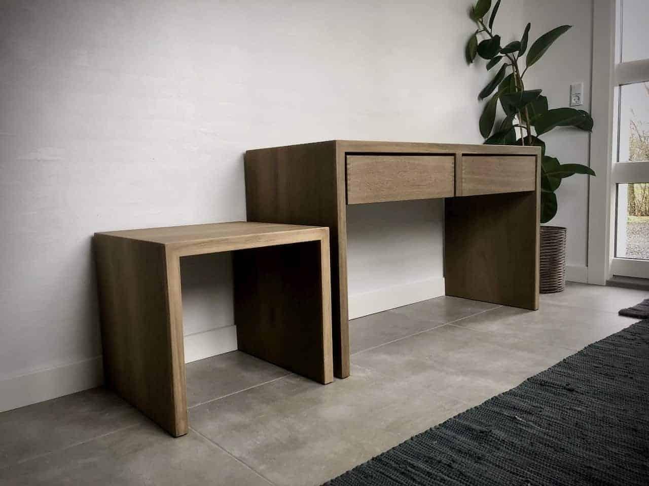 Vin sengebord talerstol seng hylde sofa skrivebord 7