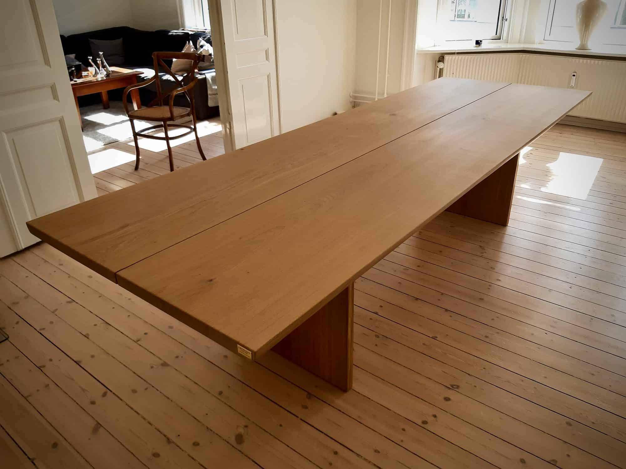 plankebord planke bord i trae Kaerbygård september 2020 3 scaled