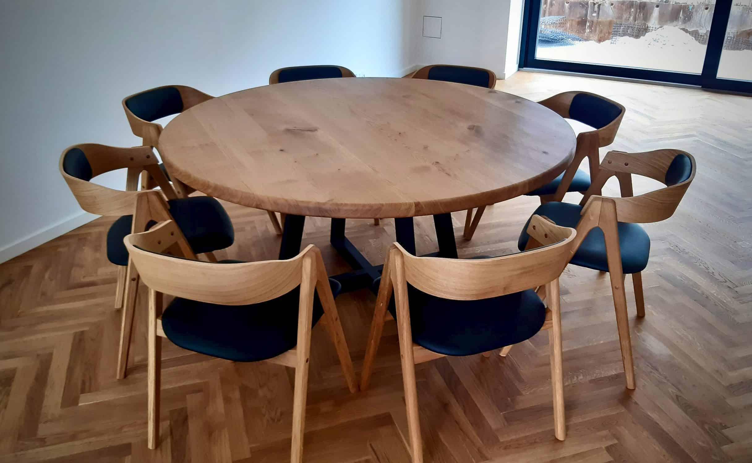 rundtbord rundbord ovalt bord bord i trae traebord traemobler kaerbygaard kaerbygård august 2020 16 scaled