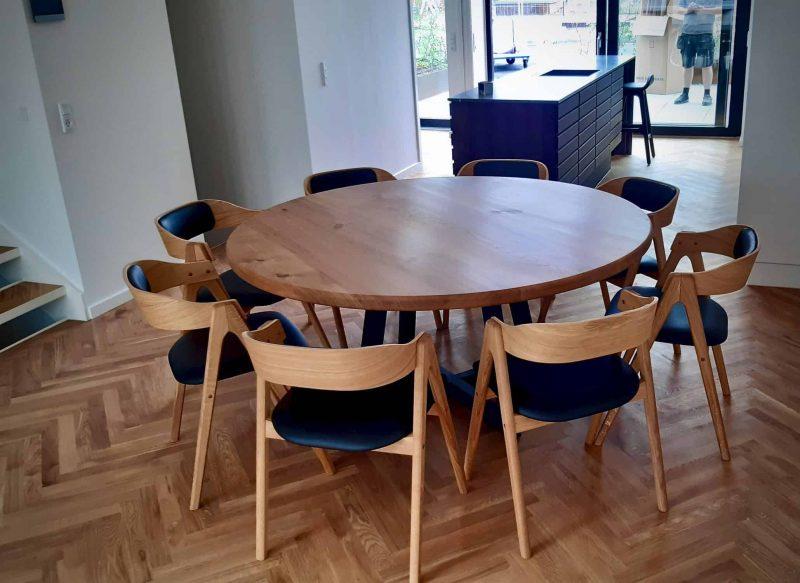 rundtbord rundbord ovalt bord bord i trae traebord traemobler kaerbygaard kaerbygård august 2020 8 scaled