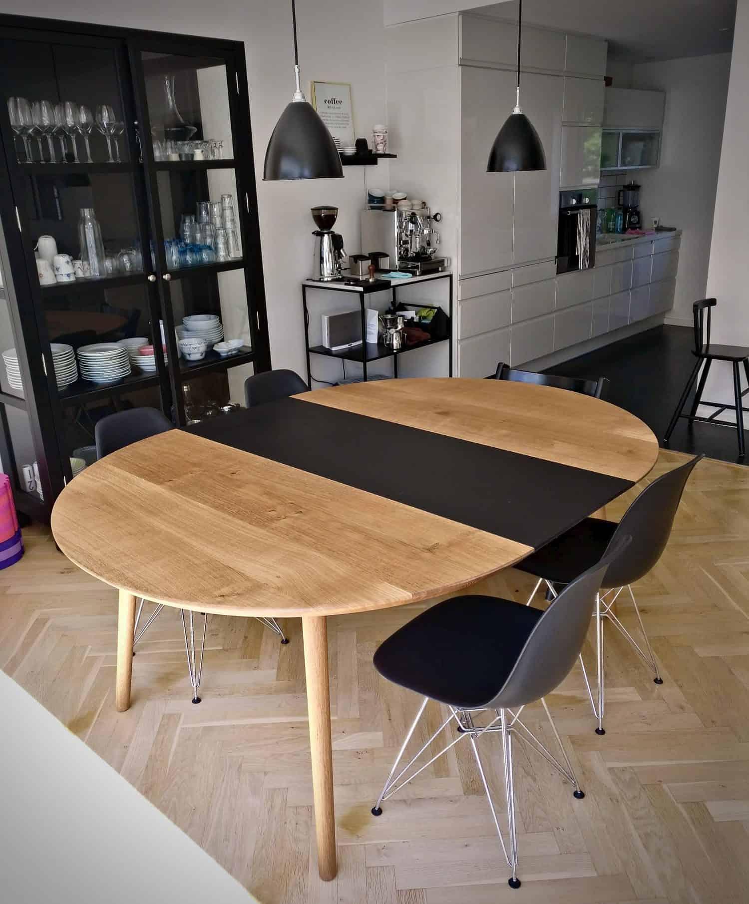 rundtbord rundbord ovalt bord bord i trae traebord traemobler kaerbygaard kaerbygård august 2020 9 scaled