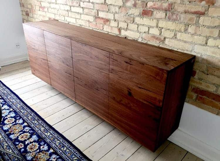 Nice sideboard for storage